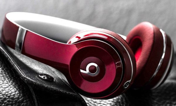 Beats-Solo2-Luxe-Red